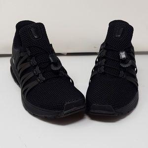 Women's size 8 Nike shox Gravity shoe